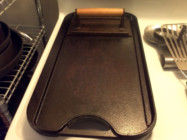 Griddle and Bacon press
