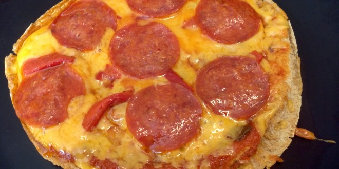 Low Carb Pita Pizza
