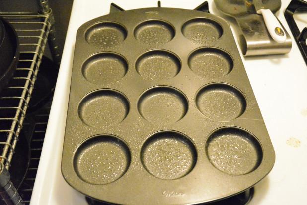 Greased Whoopie Pie Pan