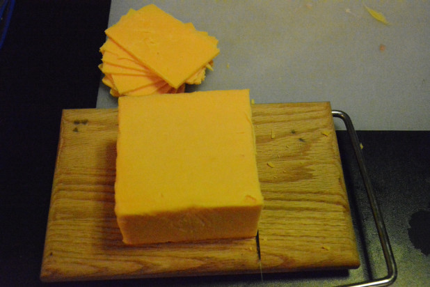 Slicing Cheddar