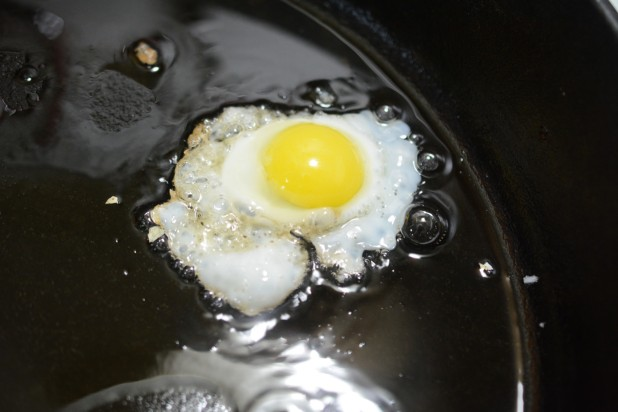 Frying Quail Egg